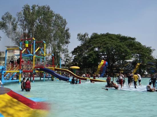 Anand_Sagar_resort.jpg