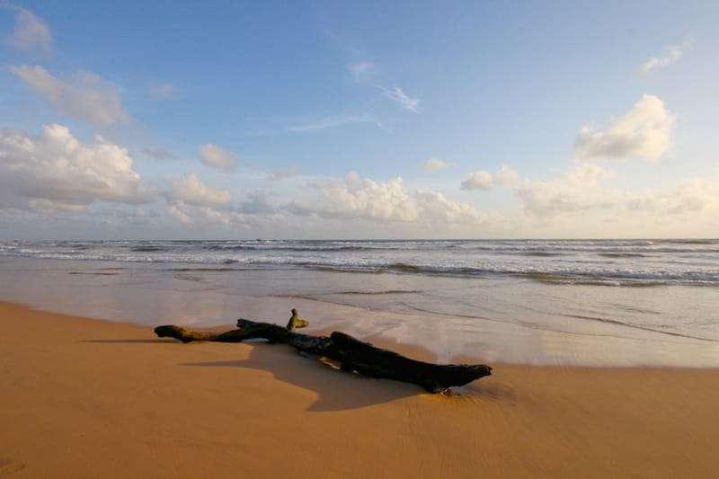 Bentota-beach-srilanka.