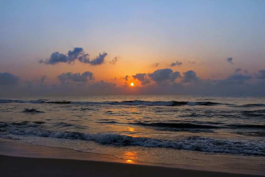 Besant-Nagar-Beach.jpg