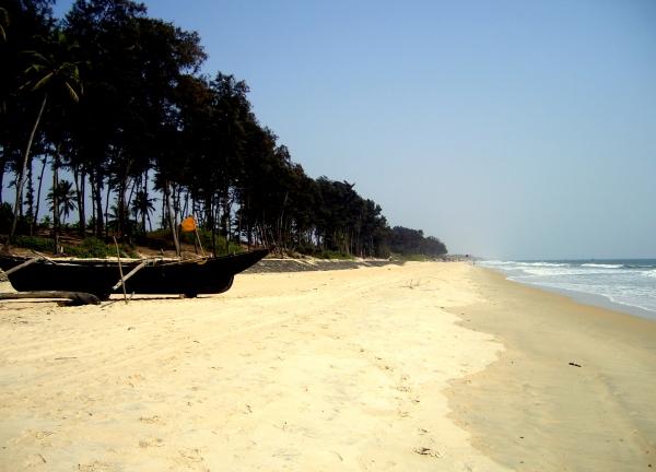 betalbatim beach goa.jpg