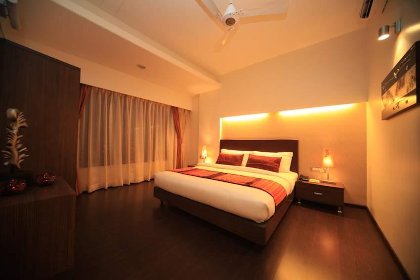 Centurion Hotel.jpg