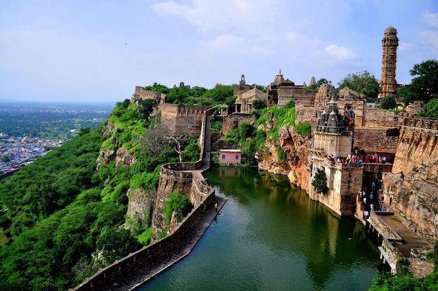 Chittorgarh-Fort.jpg