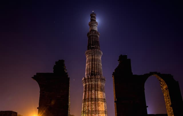 Delhi's-Qutb-Minar.