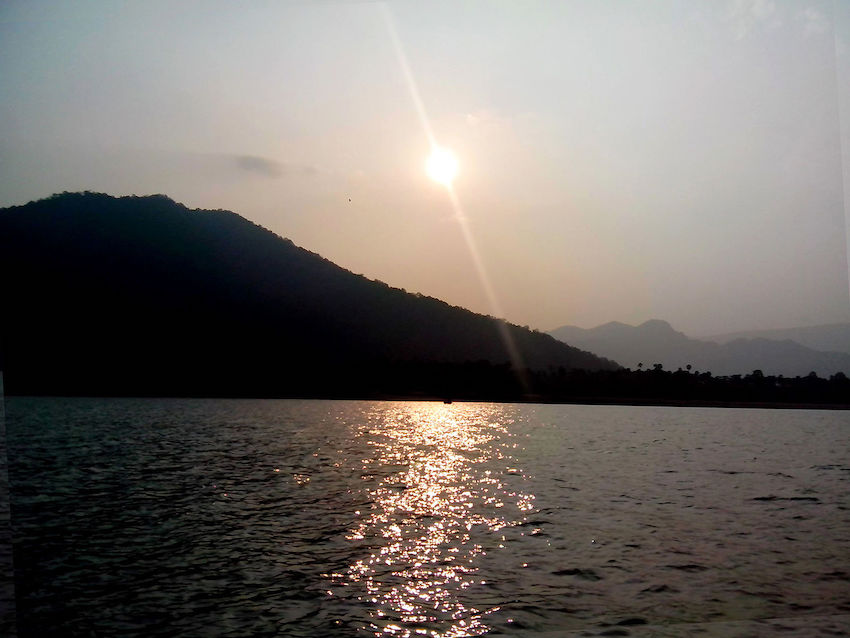 Gorge View in Papikondalu.jpg