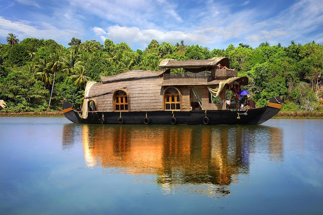 houseboat in kerala.jpg