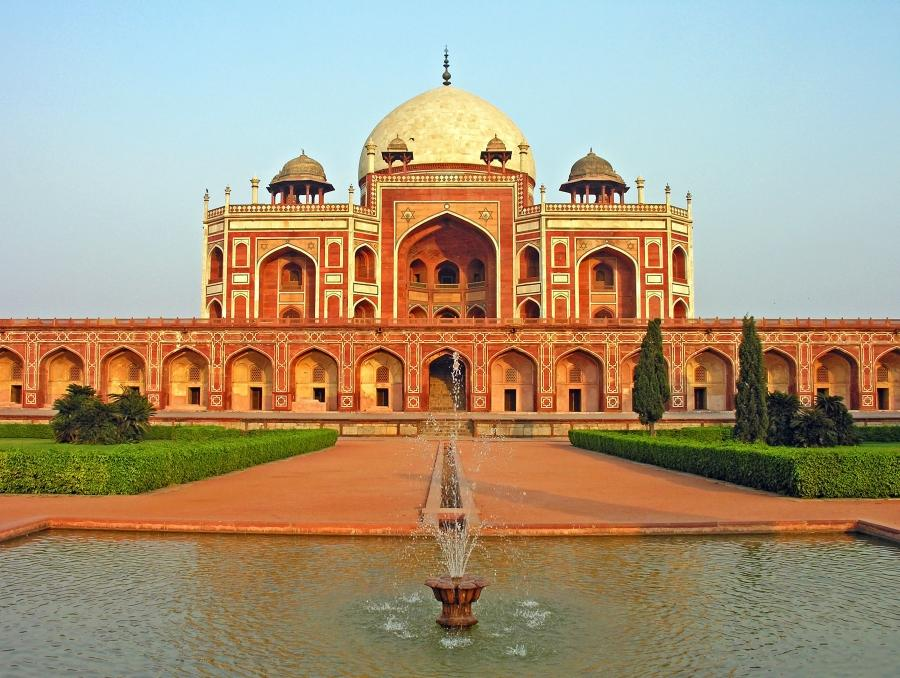 introduction to historical places in india