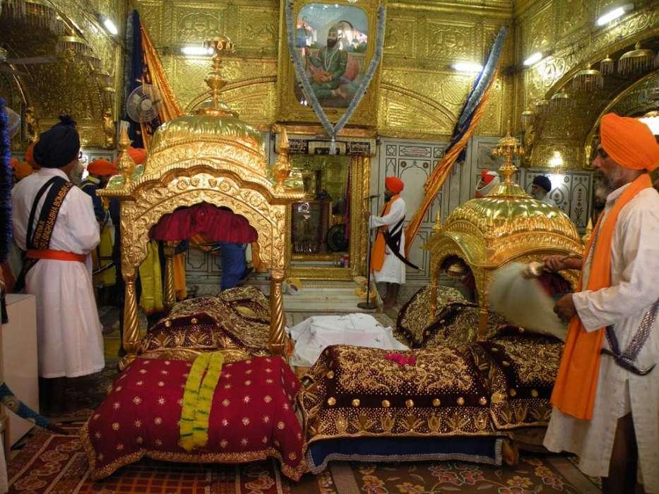 Inside Takht Shri Hazoor sahib Nanded Maharashtra.jpg