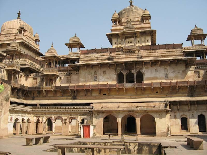 Jahangir Mahal in Orchha Fort.jpg