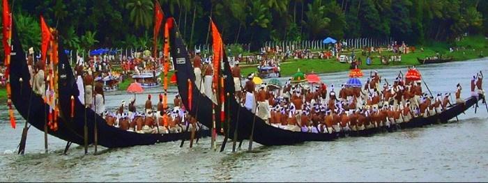 kerala-Vallamkalli-boat-race.jpg