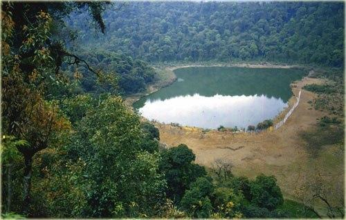 Khachoedpalri-Lake.jpg