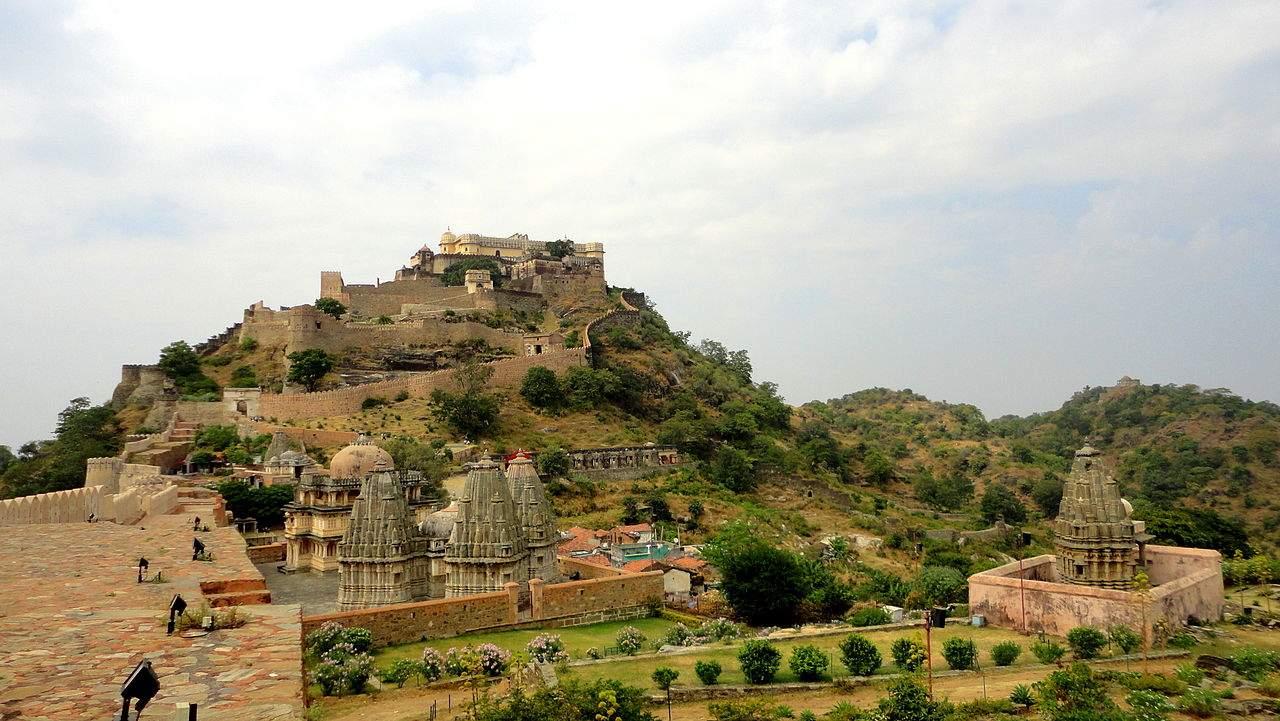 Kumbhalgarh-fort.JPG