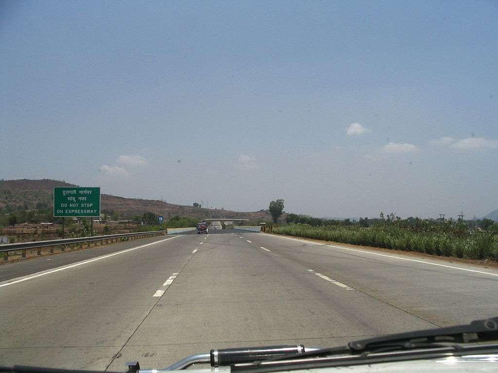 Mumbai Pune Expressway.