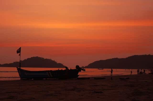 Palolem Beach at Dusk, Goa.jpg