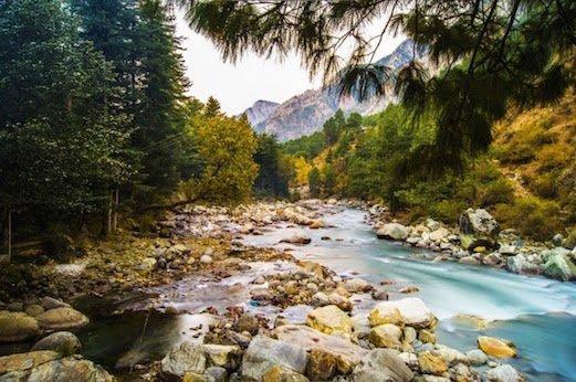 Parvati River in Kasol.jpg