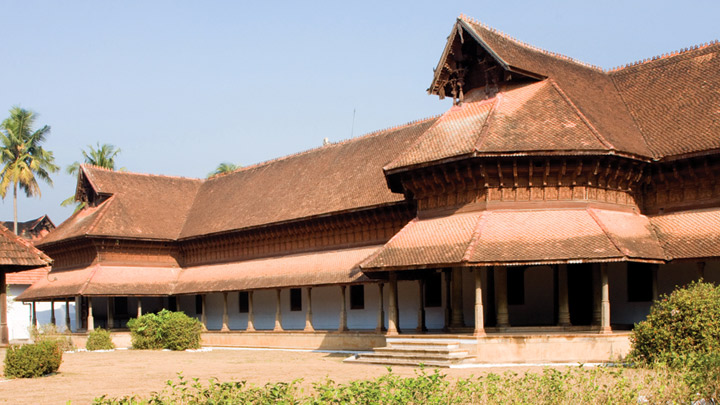 Puthen Malika Palace in Kerala.jpg