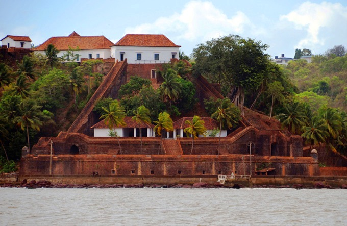 Reis Magos Fort in Goa​.jpg