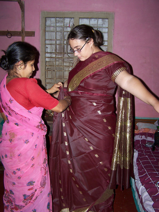 Saree_wrapping.jpg