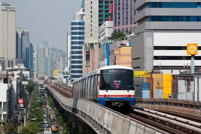 Skytrain in Bangkok.jpg