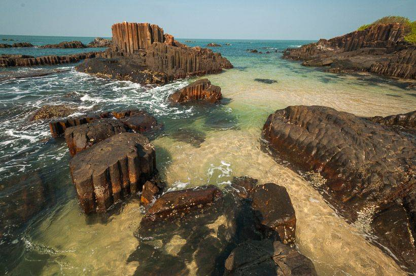 St-Mary's-Island-in-Karnataka.jpg