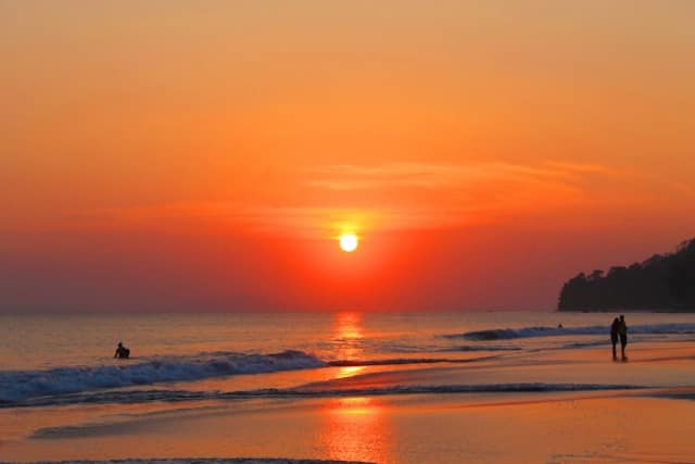 Sunset-at-Havelock-Island-in-Andaman.jpg
