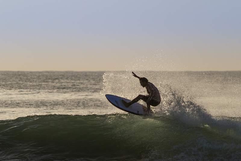 Surfing-Arugam-Bay.jpg