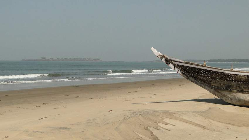 Tarkarli-Beach-in-Malvan.jpg