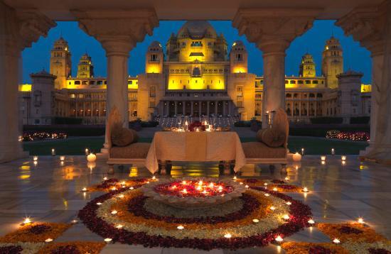 Umaid bhavan palace udaipur.jpg