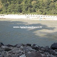 Beach huts in Rishikesh
