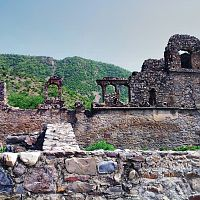 Bhangarh fort ministers palace