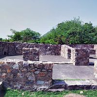 Bhangarh fort old shops
