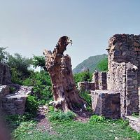 Old house at Bhangarh fort
