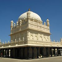 Gumbaz At Srirangapattana - Copyright @ Wikipedia