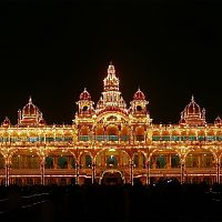 Illuminated Mysore Palace - Copyright @ Wikipedia