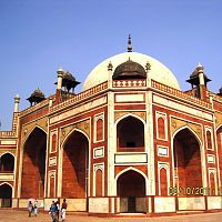 Akbar Tomb - Image Credit @ Wikipedia