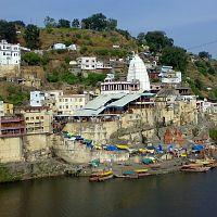 Omkareshwar Temple - Image Credit @ Wikipedia