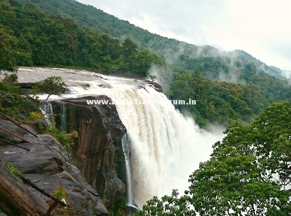 Athirapally India  city pictures gallery : Majestic Athirapally Falls   India Travel Forum
